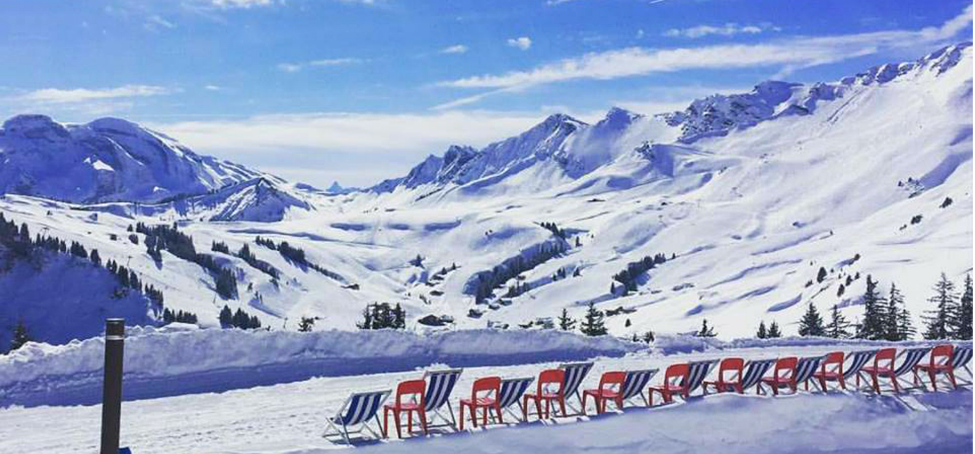 The Best Times to Go Skiing in the French Alps: A Guide